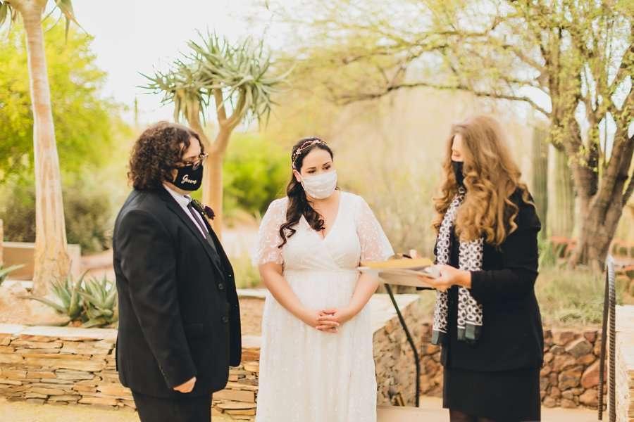 Shawna and Jason: Desert Botanical Garden Elopement signing the license