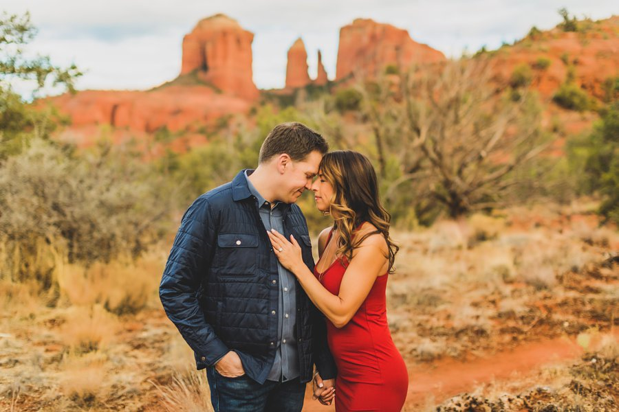 Kimber and Robb: Red Rock Arizona Portraits cuddles