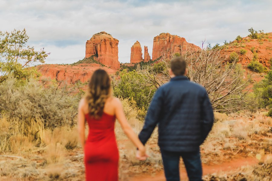 Kimber and Robb: Red Rock Arizona Portraits enjoying the view